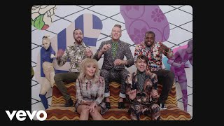 Смотреть клип Pentatonix - Can'T Sleep Love