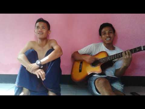 Gitar Secawan madu .  Fajar ^/ Arvin Dompu