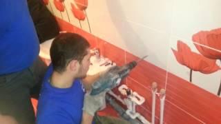 видео Как установить угловую раковину