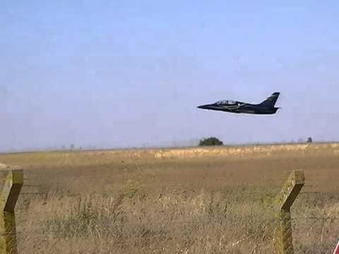L39 Albatros Low Pass + Take off La Rochelle Airport