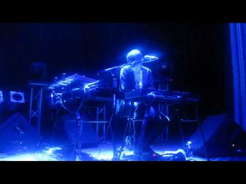 James Blake - Air & Lack Thereof + I Never Learnt To Share (Live In Madrid 29/5/2013)