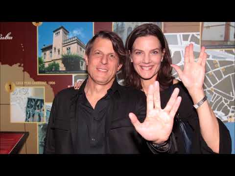 Leonard Nimoy's son Adam is engaged to Star Trek  Deep Space Nine actress Terry Farrell