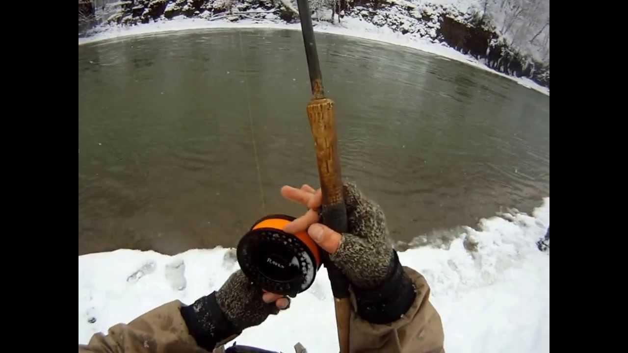 Floatfishing for steelhead in the snow funnydog tv for Bobber fishing for steelhead