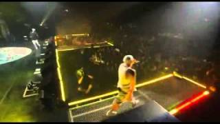Eminem - I Just Don't Give A Fuck LIVE PERFORMANCE (NYC) 2005