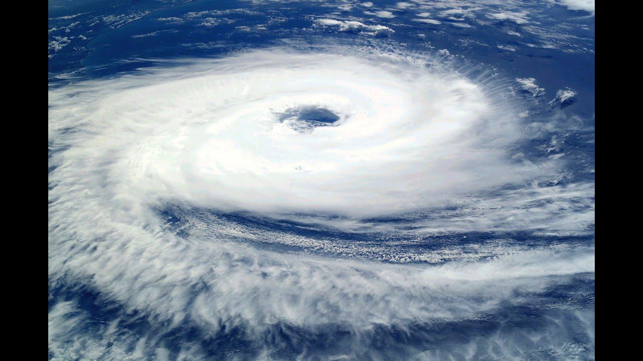 Resultado de imagen para huracanes tifones y ciclones