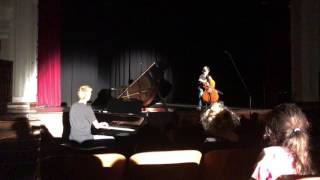 Christopher Tate & Jeffrey Broadbent - Batman Evolution (The Piano Guys)