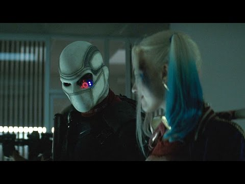 BATTLE IN THE BUILDING   Suicide Squad