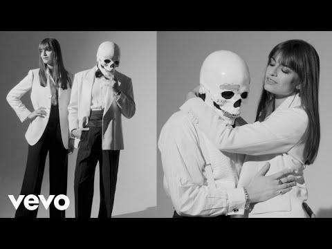 Clara Luciani et Vladimir Cauchemar - La chanson de Delphine (Clip officiel)