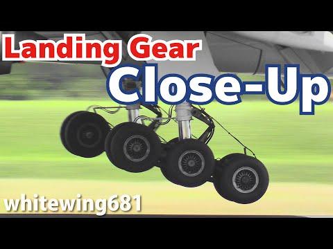[Aircraft Landing Gear - Touchdown Close-Up]  14 Times of Landing Scene OSAKA Int'l Airport 大阪・伊丹空港