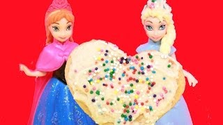 Disney Frozen Princess Elsa Makes A Valentine Heart Cookie For Anna Alltoycollector