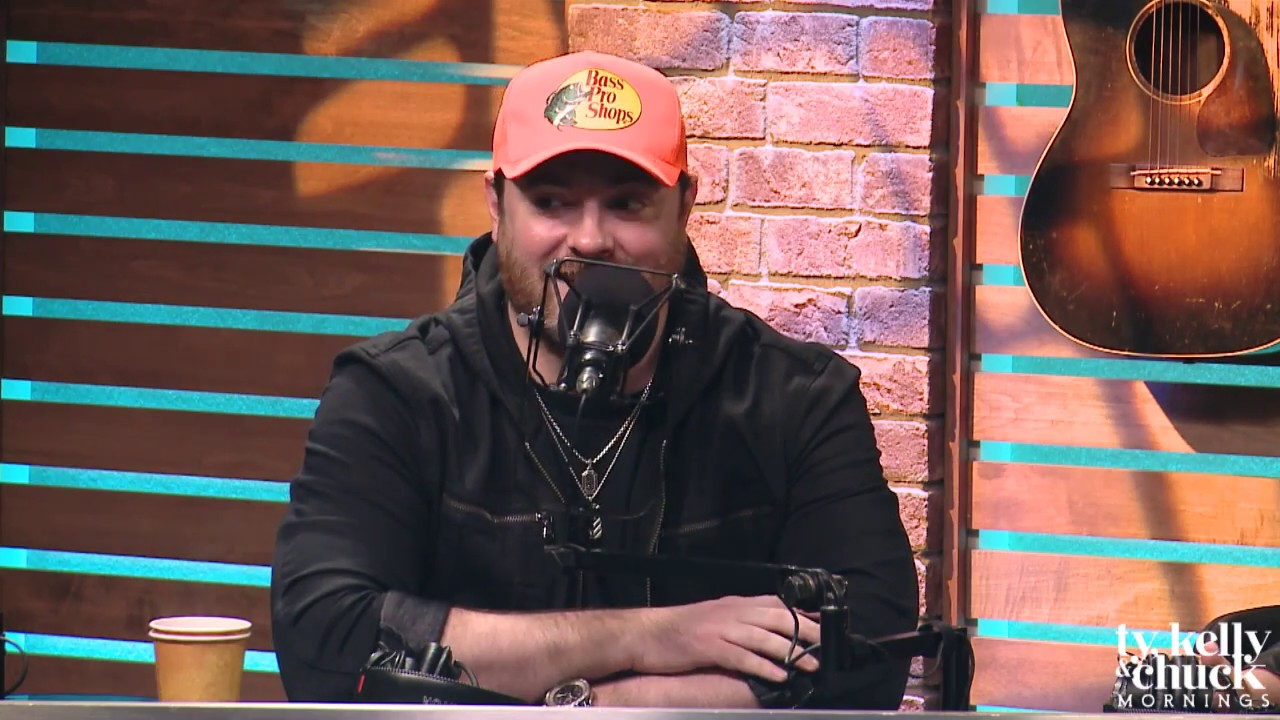 Chris Young Talks About His Favorite Halloween Costume & Being Haunted - Ty, Kelly & Chuck