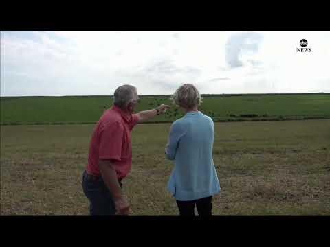 Voorhees - Iowa Farmer Explains to Sen. Warren About Cows
