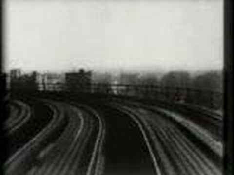 104th Street curve, New York, elevated railway - YouTube