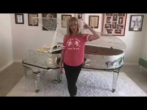 Debbie Gibson Announces FoolishBeat30 Contest