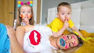 Gaby and Alex play funny challenge in the house with Mama