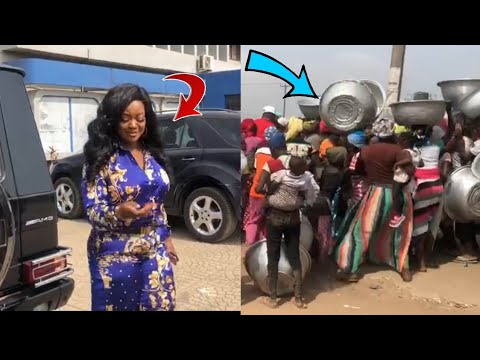 WOW - JACKIE APPIAH F33DS MARKET WOMEN ON HER BIRTHDAY