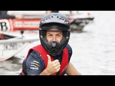 Jamie Whincup, Craig Lowndes & Shane Van Gisbergen take on Red Bull Dinghy Derby