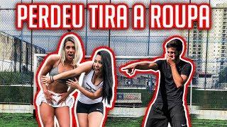 PERDEU GOL TIRA UMA PEÇA DE ROUPA 2 (FOOTBALL CHALLENGE)