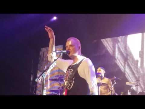 Blink 182: Los Angeles live in Las Vegas