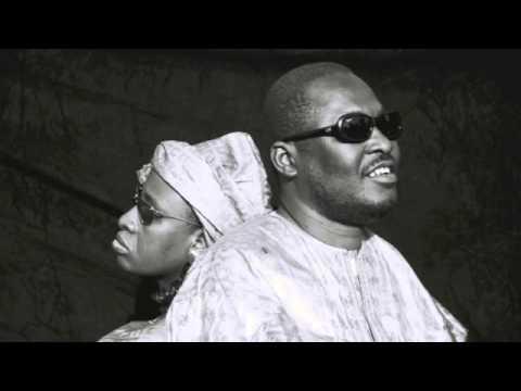 Amadou & Mariam - Beaux dimanche Lyrics / HD /