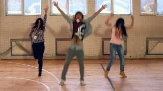 Madagascar Flashmob - Video Instruction | FLASHMOB Azerbaijan(Madagascar Flashmob - http://www.youtube.com/watch?v=JuuF1Qq7mmY Это в прошлом закрытая видео инструкция для участников флешмоба Мадага..., 2011-11-08T20:34:02.000Z)
