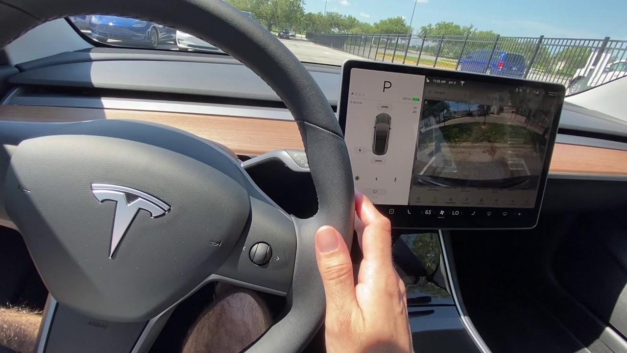 Test driving a Tesla Model 3 - YouTube