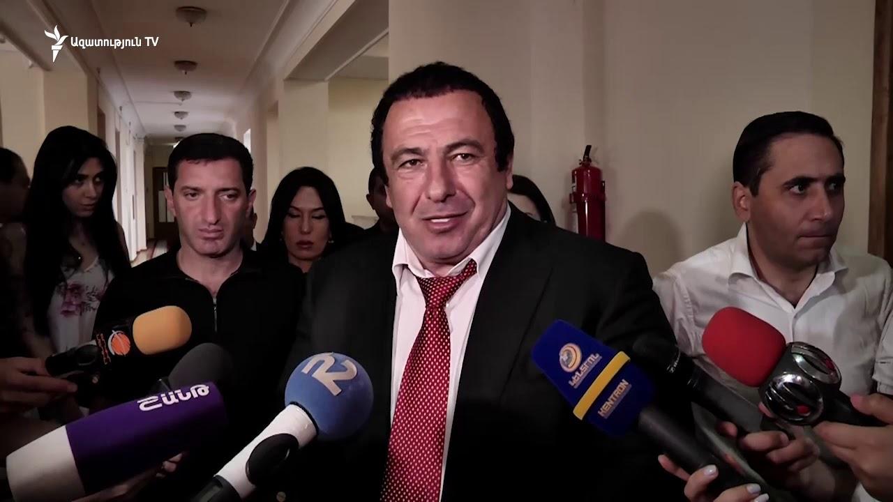 АРМЕНИЯ: Глупости говоришь, иди сама со своей семьей подчиняйся законам. Царукян оскорбил журналистку