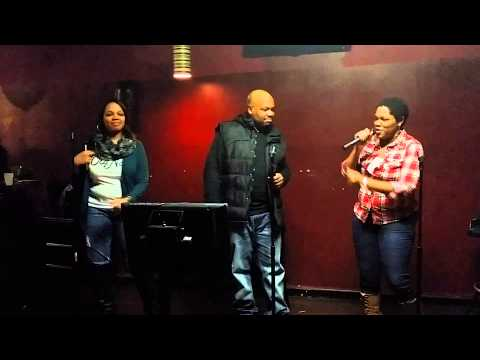 St Louis Karaoke-Backstabbers