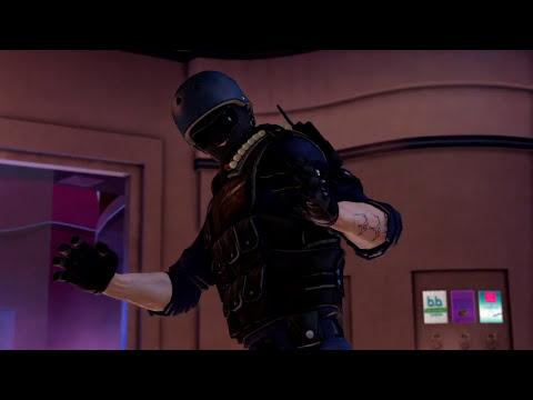 SWAT Guy Goes to Karaoke, Then Does Some Gangsta Shit