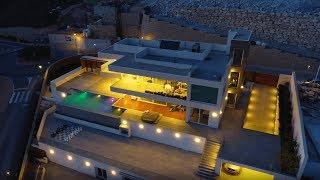 Большая современная вилла с видом на море в Бенидорме. Престижная недвижимость в Испании
