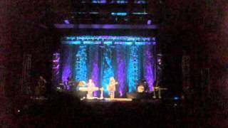 Amy Grant 2Friends Concert Intro to Somewhere Somehow - 2 2 11 Roseville, CA.mp3