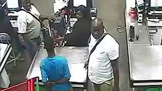 Credit card Scammers caught on camera