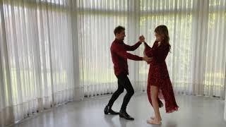 David Bisbal Bailando la versión salsa de Si Tu la quieres.
