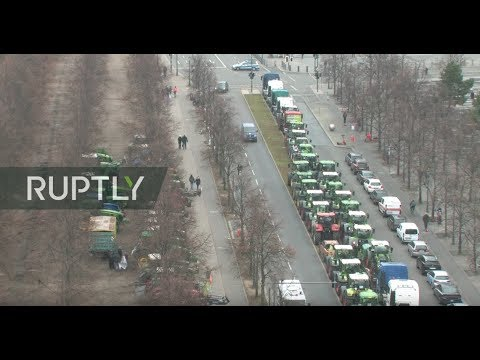 LIVE: German farmers hold tractor protest in Berlin over agricultural policies