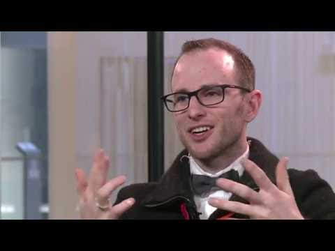 Interview with Joe Gebbia (Co-founder of AirBnB) | DLD13