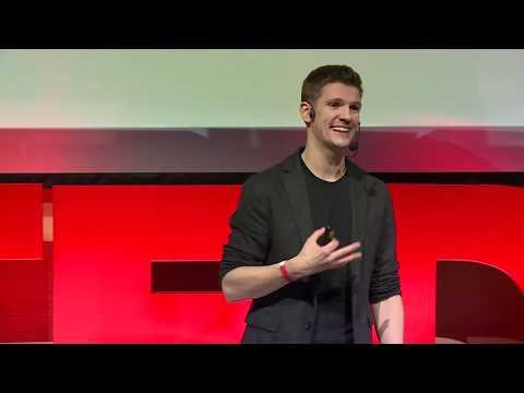 Jak nie robić prezentacji, które mogłyby być mailem? | Kamil Kozieł | TEDxKatowice
