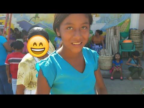 Comprando por el mercado indigena de Nahuizalco Sonsonate El Salvador