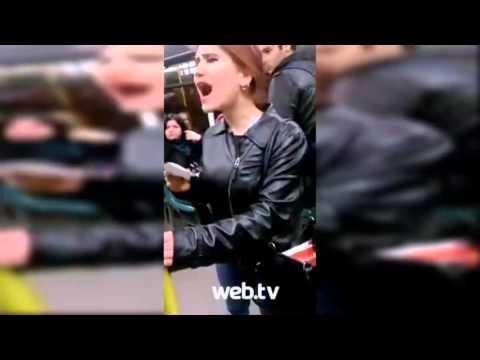 Bursa'da Genç Kızlar Metro'da Kadın Tecavüzü'ne İsyan Etti..