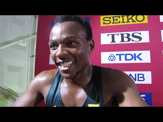 Doha 2019:Clarence MUNYAI 200m qualification, South Africa and Caster Semenya