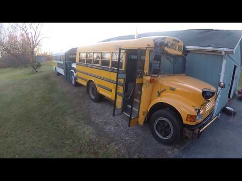 Tommy Retro IH T444E Diesel And 366 Gas Cold Start Video