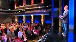 Django Asül Rückspiegel 2014 Teil 2 (Bayerisches Fernsehen 29.12.2014)