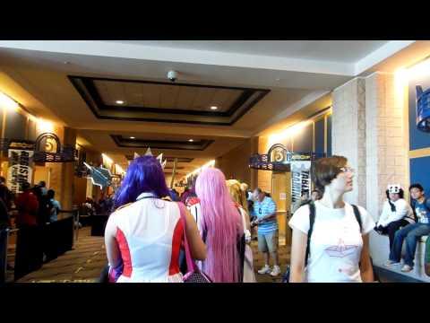 Metrocon 2014 Tampa Convention Center part 2 walking around