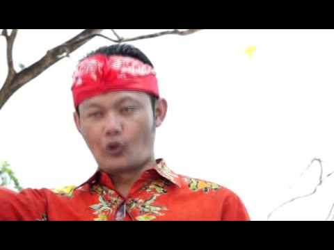 "Joko "" Jekek "" Sutopo ? Coblos Sing Klambine Bathik.. Mesti Tambah Becik.."