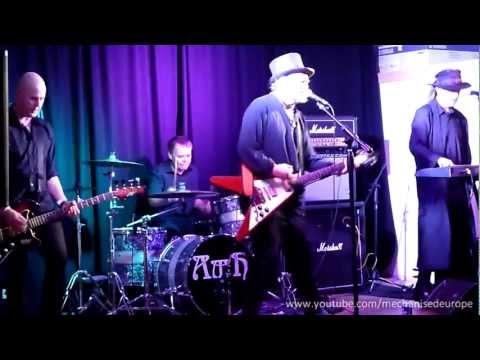 Radio Pravda - 'Never Meant To Say I'm Sorry' (Live)