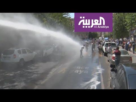 خراطيم الشرطة التركية تطيح بالمتظاهرين الأكراد في ديار بكر  - 19:54-2019 / 8 / 19