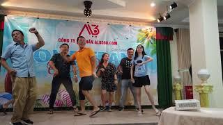 Team Building Alo360 -Thi Quẩy theo nhạc - Dance music - Sân khâu sôi động với vũ điệu shuffle dance