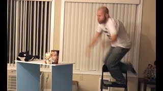 Due to 1000 live viewers, Aaron Rift puts himself through a table thumbnail