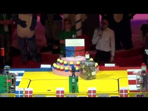 2013 - Université d'Angers vs Space Crackers - Coupe de France de robotique 2013