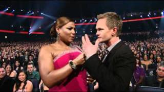 people s choice awards 2011 neil patrick harris and queen latifah