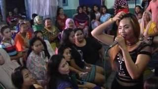 Video OM AMELIA sambalado Dillova Dodista download MP3, 3GP, MP4, WEBM, AVI, FLV Oktober 2017